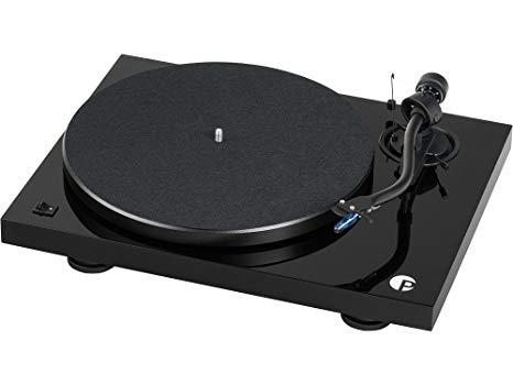 Грамофон Pro-Ject Debut III S Audiophile с доза Ortofon Pick IT 25A